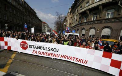 Tisíce Chorvátov protestovali proti ratifikácii Istanbulského dohovoru.