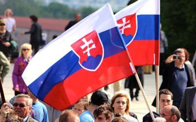 Pred 26 rokmi SNR prijala Deklaráciu o zvrchovanosti SR. KDH, VPN a maďarské strany boli jednoznačne proti.