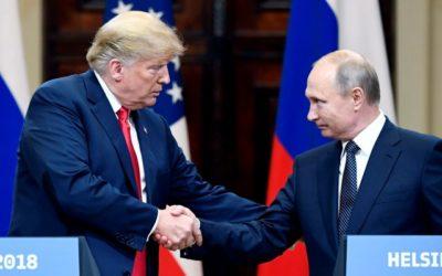 Stretnutie Putin-Trump vyvolalo vo Washingtone vlnu hystérie a neuveriteľné titulky v novinách. Trumpovu tlmočníčku po návrate podrobia výsluchu.