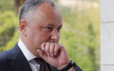 Moldavský ústavný súd suspendoval prezidenta Dodona.