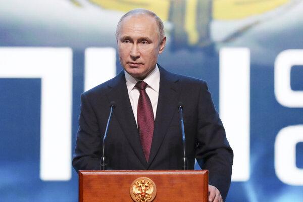 Putin pozastavil účasť Ruska na zmluve o likvidácii rakiet. 1