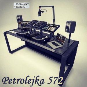 Petrolejka 572