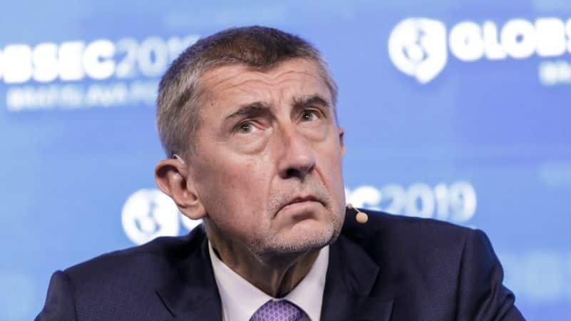 Kvôli demonštráciám sa vláda meniť nebude, nie sme Slovensko, hlása Babiš. 1