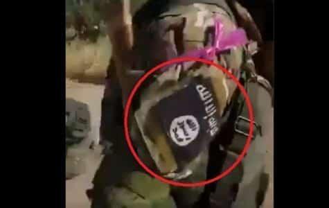 """""""Umiernení rebeli """" v Sýrskom IDLIBe s nášivkami ISIS. 1"""