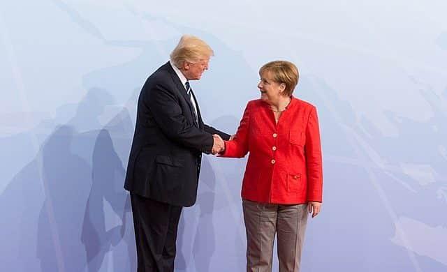 Trump ignoruje Německo, aby rozdělil EU 1