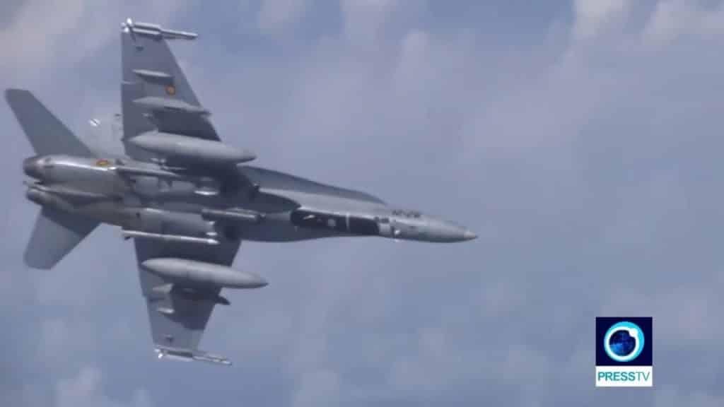 K lietadlu ruského ministra obrany sa pokúsila priblížiť stíhačka NATO. 1
