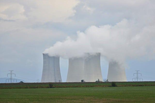 Prokuratúra zrušila obvinenia v prípade privatizácie elektrární počas Dzurindovej vlády, Šufliarsky to zdôvodnil. 1