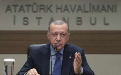 Erdogan kritizoval Západ za podporu teroristov v Sýrii.