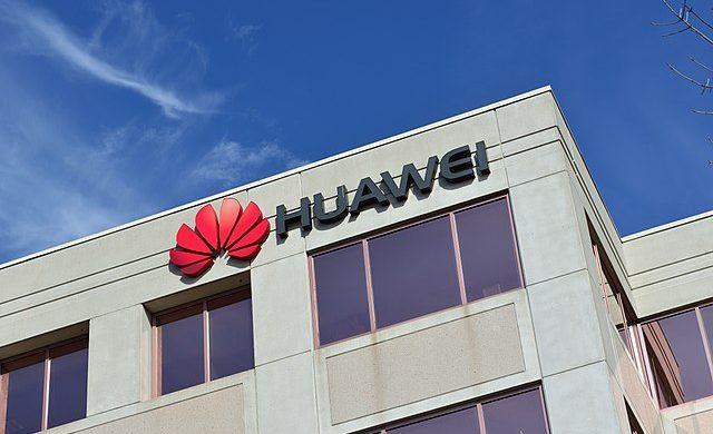 Británie si vybrala Huawei navzdory USA. 1