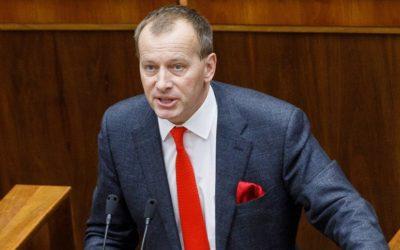 Kollára zvolili novým predsedom NR SR. Fico ho predtým kritizoval.