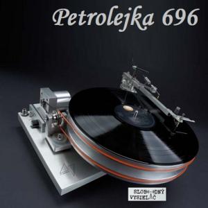 Petrolejka 696
