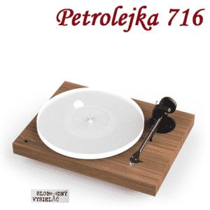 Petrolejka 716