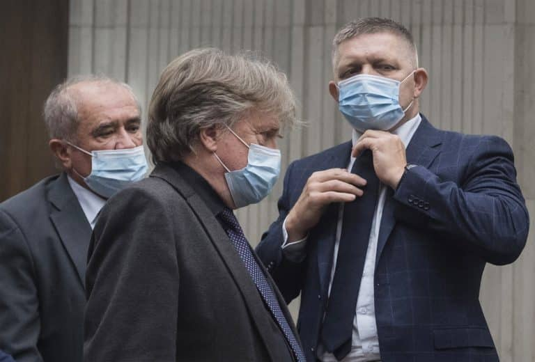 """Smer-SD hľadá podporu v opozícii na odvolávanie Matovičovej vlády. Grendel: """"Je to kvôli policajným akciám."""" 1"""