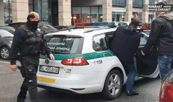 Polícia zadržala starostu bratislavského Nového Mesta Rudolfa Kusého. 1