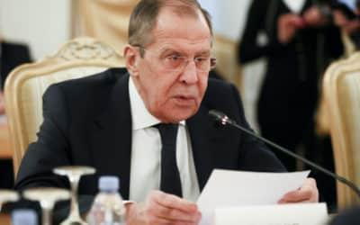 Lavrov: Západ hrubo zasahuje do vnútroštátnych záležitostí Bieloruska.