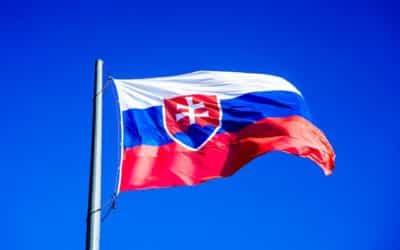 Výzva k národu hovorcov nespokojného Slovenska: Vyzývame národ na pokojný občiansky odpor.