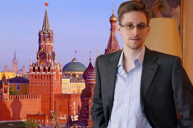 Snowden požiada o ruské občianstvo, americké si však ponechá. 1