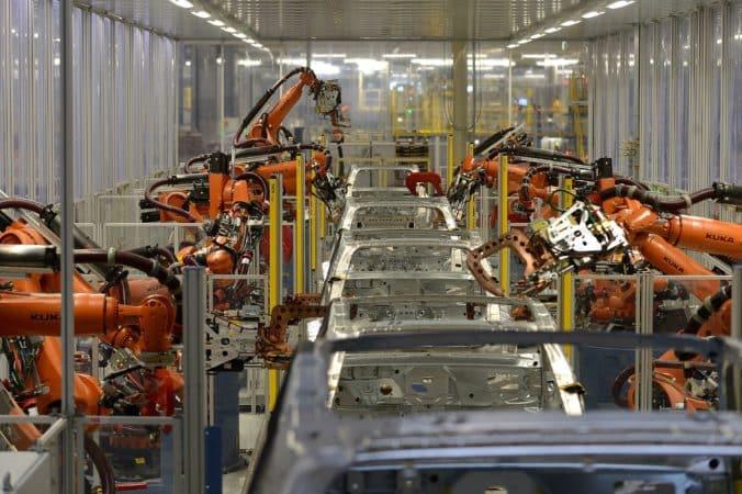 Investícia v bratislavskom Volkswagen Slovakia prinesie 2 000 nových pracovných miest. 1