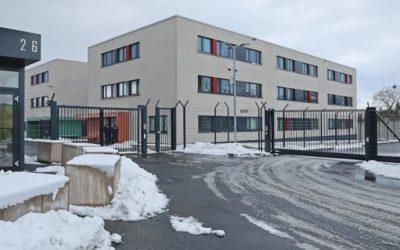 Tajný stavebný projekt – Sasko plánuje väzenie pre odmietačov karantény.