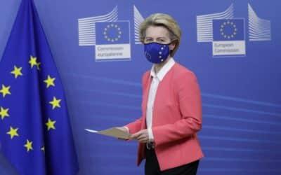 Francúzske štátne médiá majú viac informovať o EÚ. Editori za to dostávajú príplatky.
