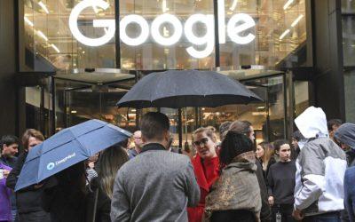 Tajná dohoda Googlu s Facebookom a ďalšie hrozby dominancie technologických gigantov na internete.