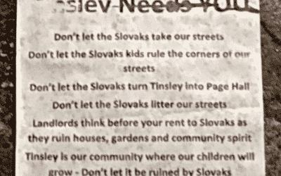 Preč so Slovákmi: V anglickom Sheffielde broja proti Rómom zo Slovenska.