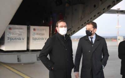 Sputnik neodletí, oznámil Matovič. Ruskú vakcínu si necháme.