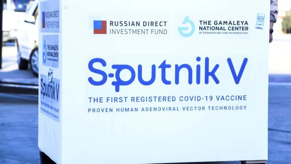 Matovič tajne na Slovensko doviezol Sputnik. Spartan pristál v Košiciach. 1