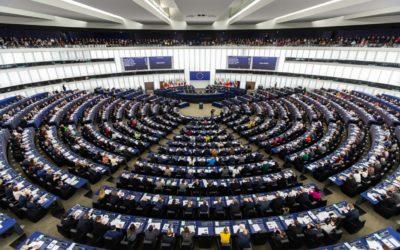 Vyhostěte kvůli Vrběticím ruské diplomaty, vyzývají země EU europoslanci.