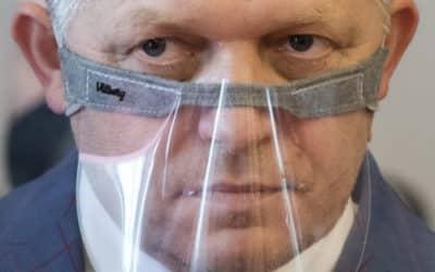 Fico: Mali sme pravdu, Sorosove peniaze ovplyvňujú dianie na Slovensku.