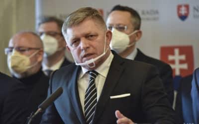 Smer-SD vyzýva vládu, aby informovala o dôvodoch vyhostenia diplomatov.