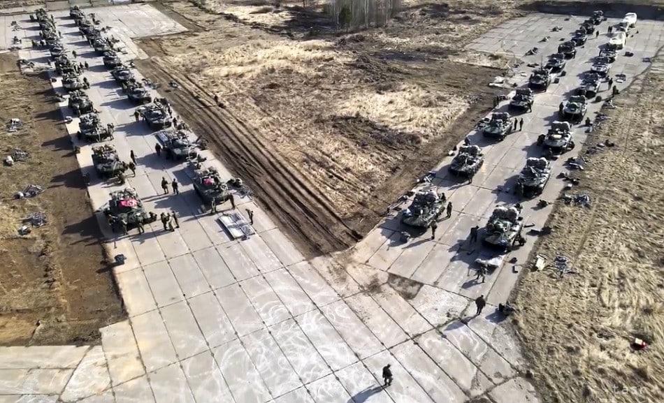 Rusko sťahuje svoje jednotky z oblastí pri hraniciach s Ukrajinou. 1