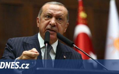 Turci expandují do Afriky. Budují základny a oprašují osmanskou slávu.