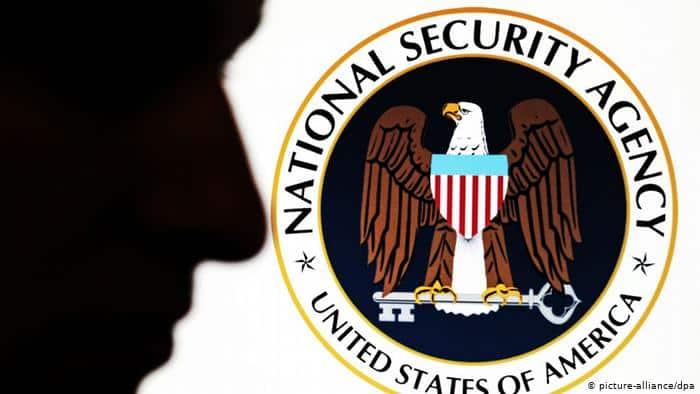 Flash – nové detaily o tom jak americká NSA dlouhá léta špiclovala přední evropské politiky. 1