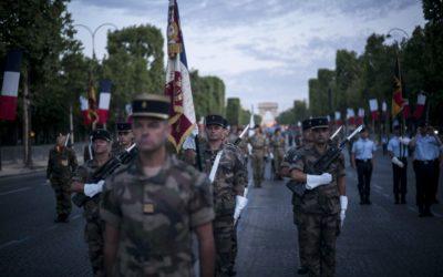 Prieskum: Až 58 percent Francúzov podporuje generálov, ktorí navrhujú prebratie moci