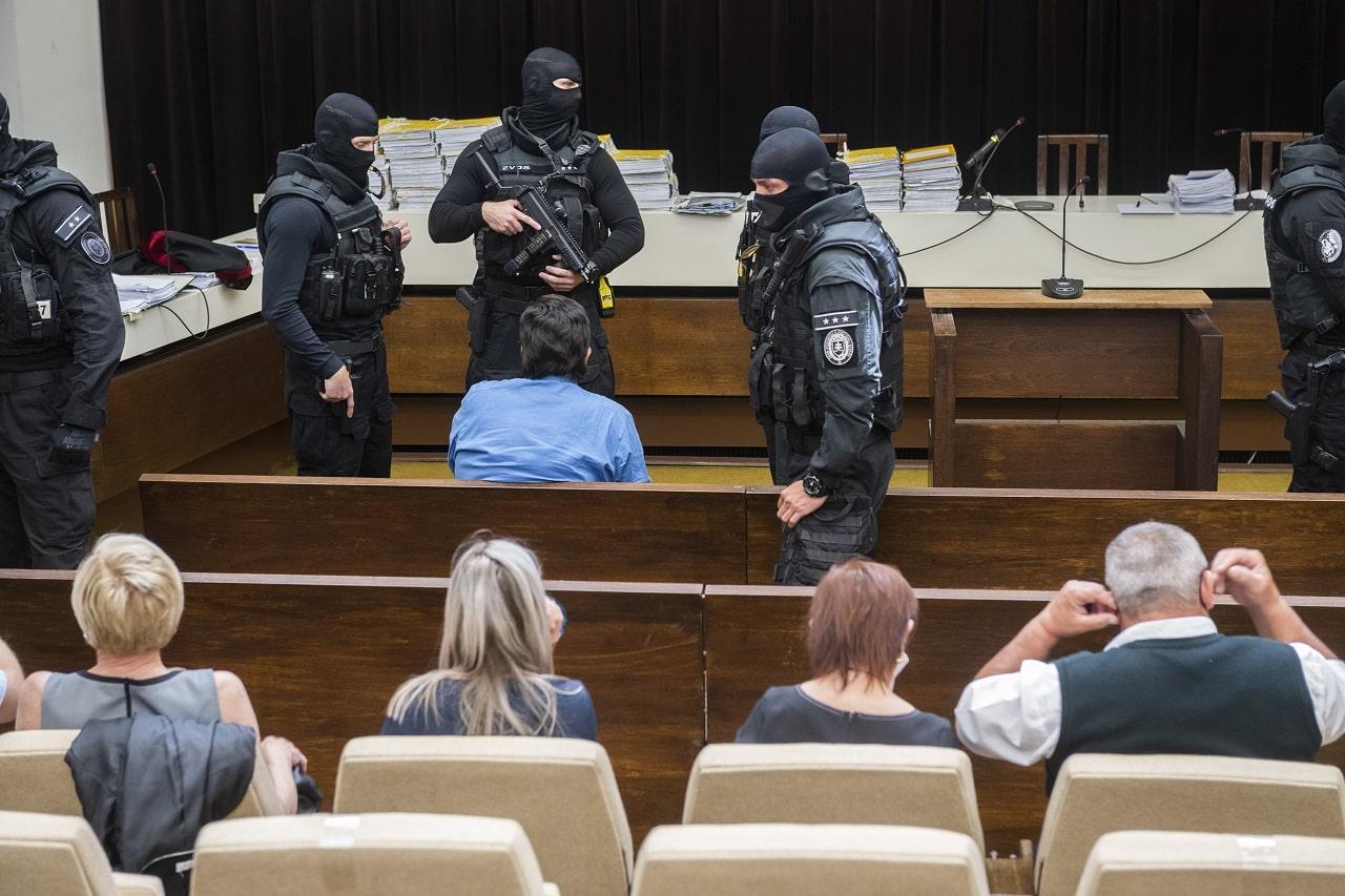 Rozhodnutie o opätovnom prejednaní vraždy Jána Kuciaka novinárske organizácie označili za novú nádej v boji za spravodlivosť. 1