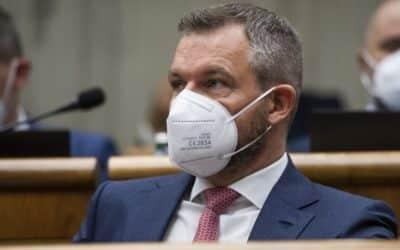 Pellegrini vyzval Mikulca na okamžité odstúpenie: Silové zložky na Slovensku sa vymkli spod kontroly vlády.