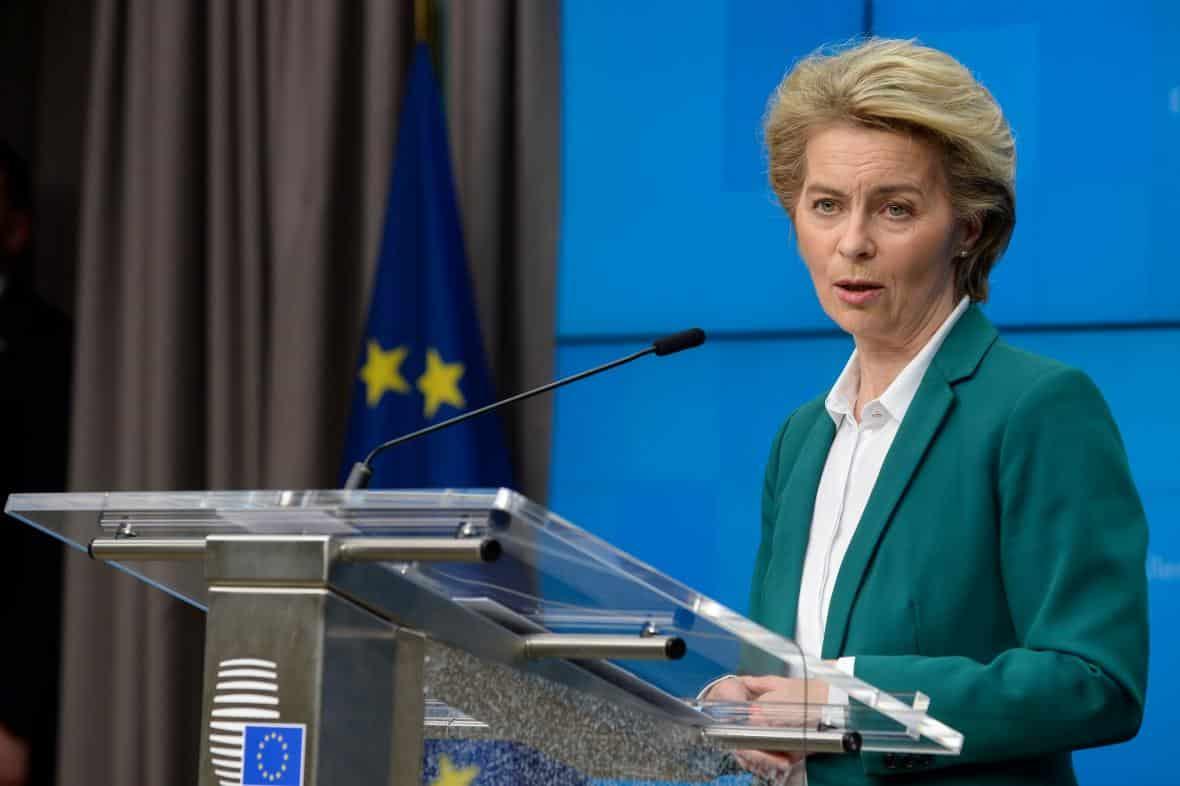 Evropská komise zasáhne vůči maďarskému zákonu proti LGBT. 1