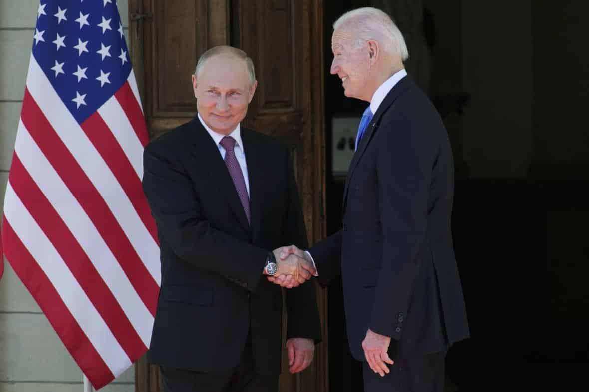 Biden a Putin jednají v Ženevě. Probírají odzbrojení, kyberkriminalitu či konflikty. 1