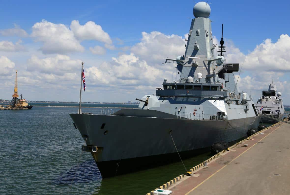 Rusko si předvolalo britskou velvyslankyni kvůli incidentu v Černém moři. 1