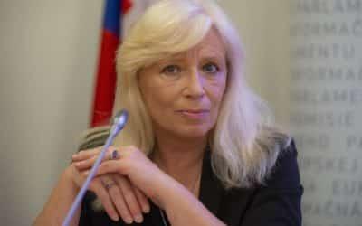 """""""Tu sa musí niečo strašné diať."""" Radičová komentovala, ako môže verejnosť vnímať tajné stretnutie v SIS. Priznala, že niečo podobné zorganizovala pri kauze Gorila."""