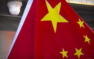Peking obvinil NATO zo zveličovania teórie čínskej hrozby.