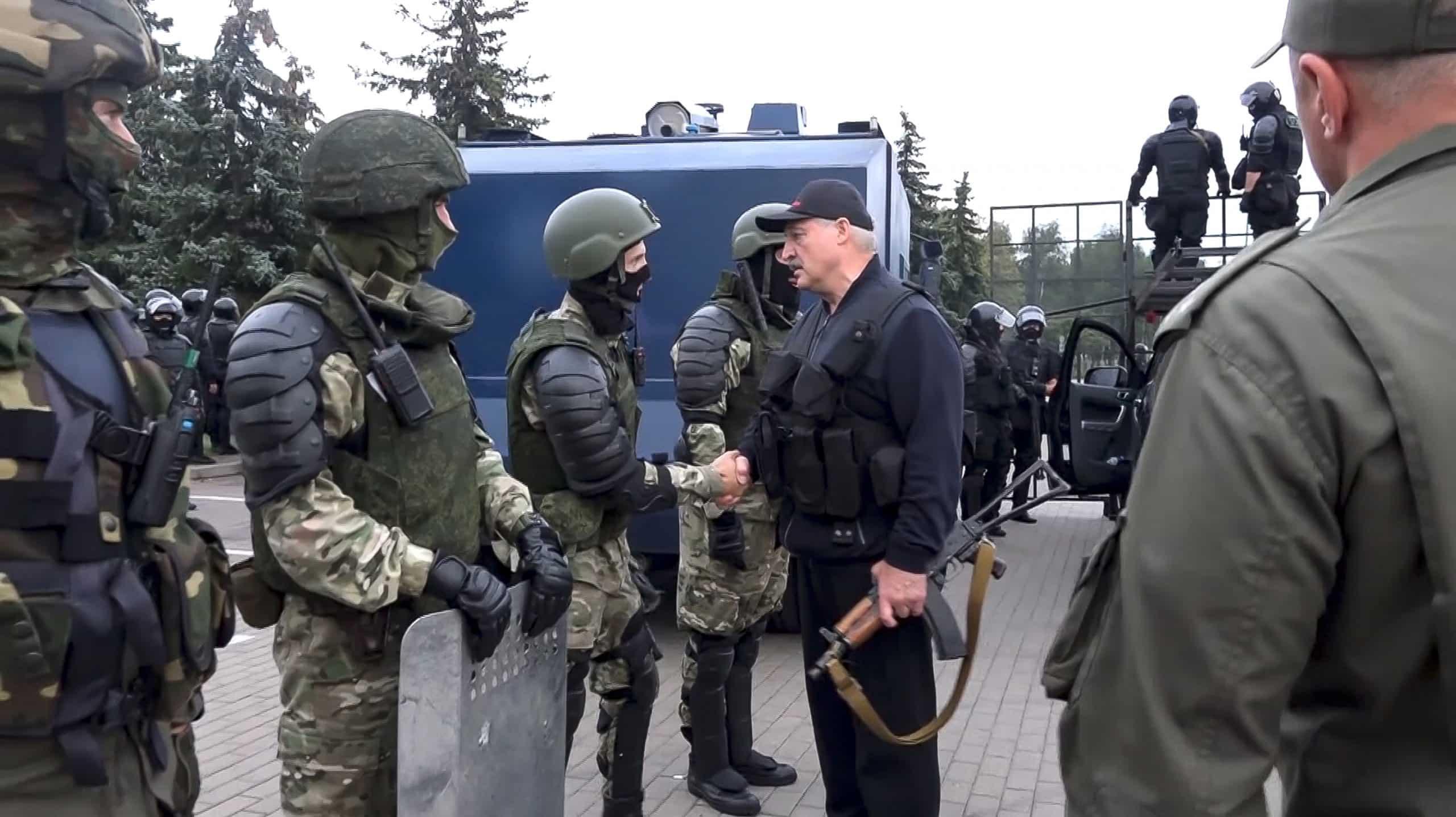 Lukašenkova pomsta. Na hranice nám zváža migrantov z Iraku a Sýrie, tvrdí Litva. 1