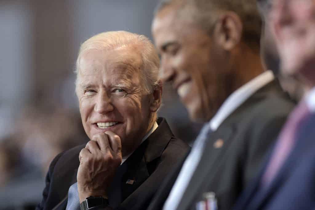 Odpočúvanie spojencov: Biden má čo vysvetľovať, bol do toho zapojený, vraví Snowden. 1