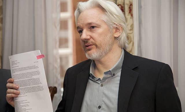 Snowden: Konec Assangovy kauzy! Klíčový svědek proti Assangovi poletech přiznal, že lhal. 1