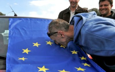Konzervatívny výberZelená armáda, koniec malých štátov v EÚ a rasizmus vo futbale.