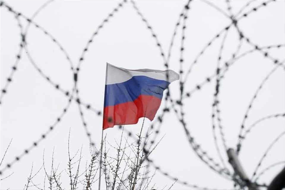 """""""Pás nestability"""" Lavrov vysvetlil ako sa západ snaží poraziť Rusko. 1"""