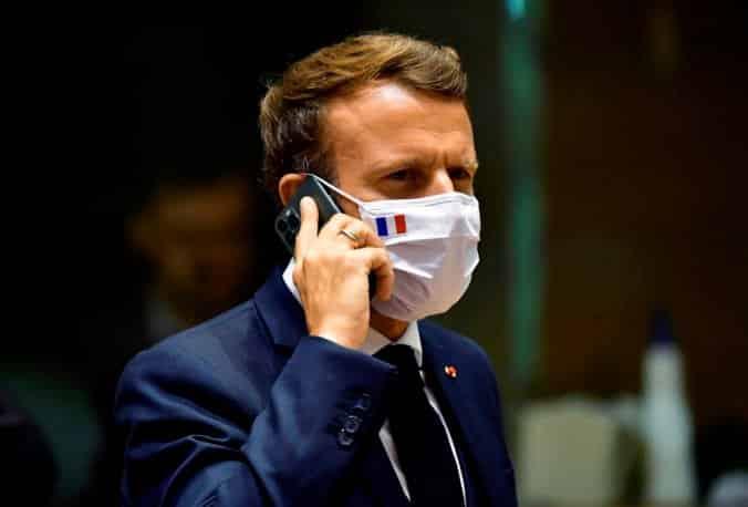 Macron pre sledovací softvér Pegasus zvolal bezpečnostnú radu štátu. 1
