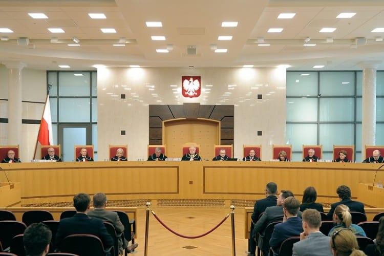 Právna bitka o PoľskoEurópsky súdny dvor nemá právomoc zasahovať do poľských súdov. 1
