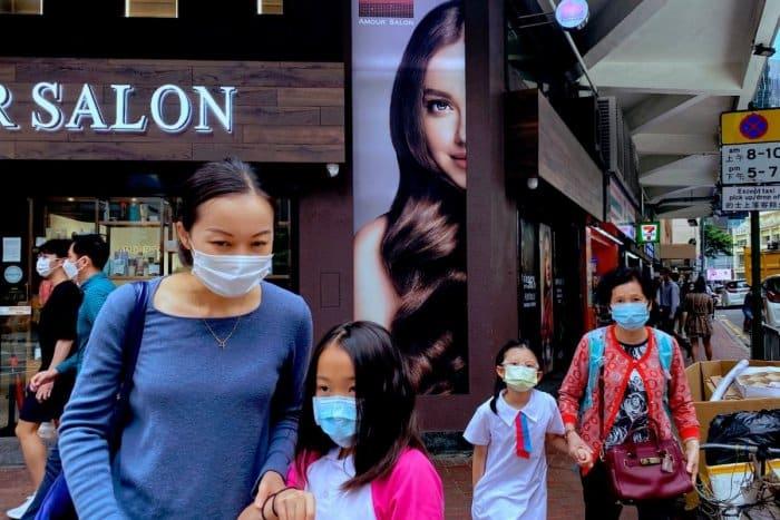 Singapur sprísňuje pandemické opatrenia. 1